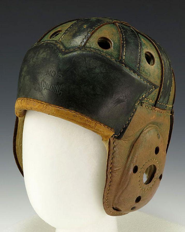 Resultado de imagen para cascos antiguos de futbol americano