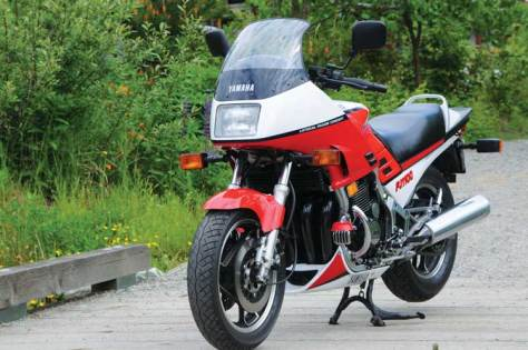 Yamaha FJ1100 - A Supersport Smoothie