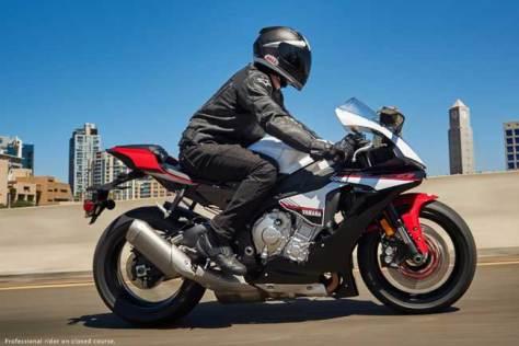 Yamaha-YZF-R1S.01.16