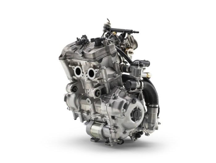 Yamaha plane engine