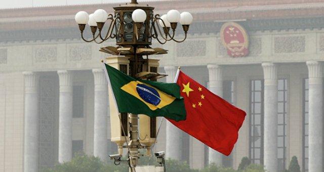 Bandeiras da China e do Brasil