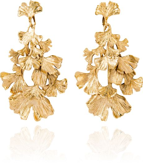 Aurelie Bidermann Gold Plated Ginkgo Feather Articulated Earrings in Gold - Lyst