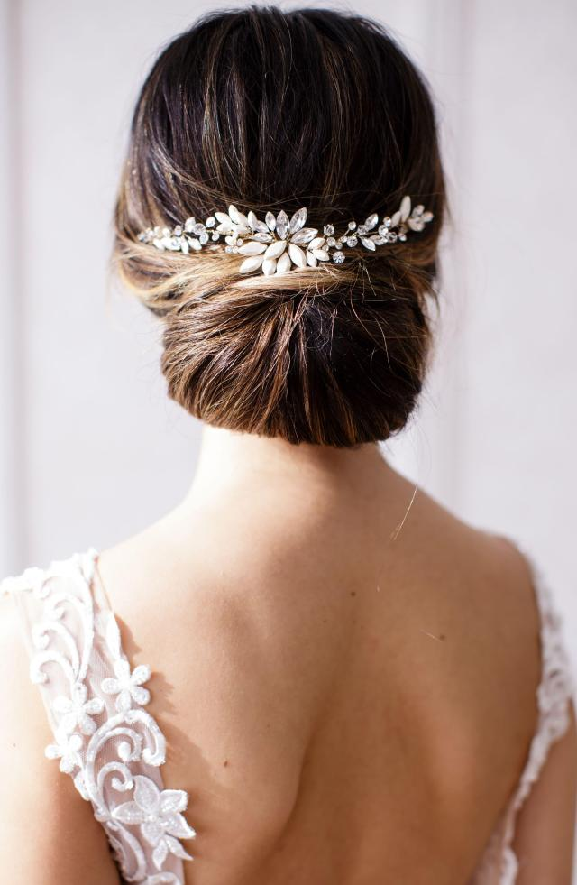 brides & hairpins rhea halo with combs - lyst