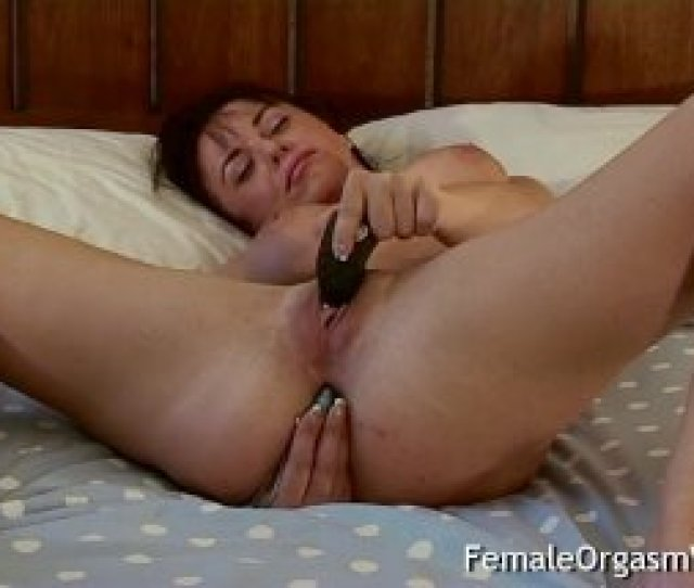 Stunner Needs Rectal While Stroking To Ejaculation With Contractions