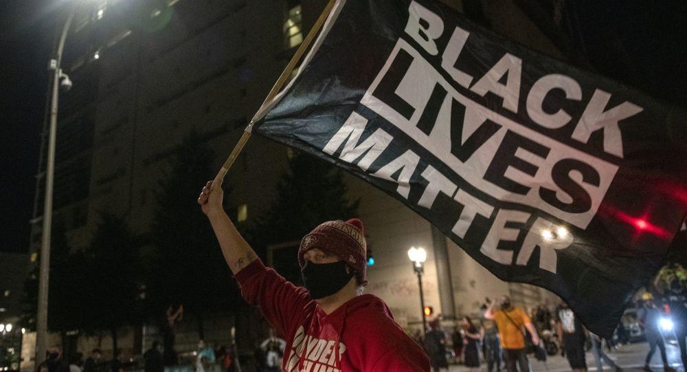 Black Lives Matter divise les Latinos dans la campagne présidentielle américaine