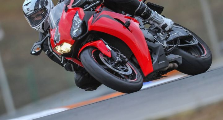 Un motard qui voulait tester son bolide flashé à 234 km/h sur une départementale dans le Doubs