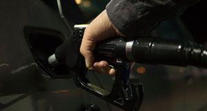 Le président de Total ne s'attend pas à ce que le prix de l'essence «remonte dans l'année qui vient»