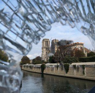 Notre-Dame de Parie en cours de restauration