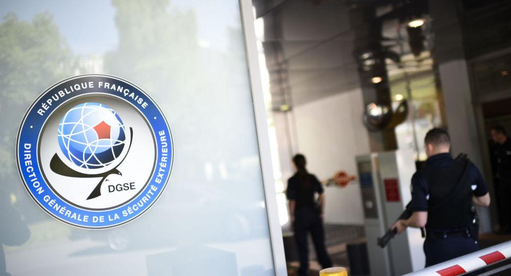 Arrêtés en possession d'armes, deux agents de la DGSE mis en examen à Paris pour un projet de meurtre