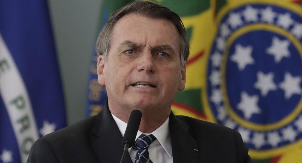 Bolsonaro menace de retirer le Brésil de l'OMS, l'accusant de «parti pris»