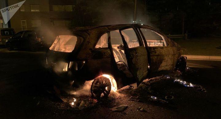Un retour de flammes brûle deux adolescents qui voulaient incendier une voiture
