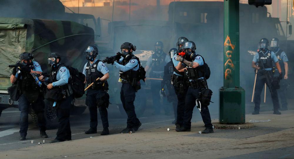 Une ONG américaine s'intéresse au cas du journaliste russe gazé par la police à Minneapolis