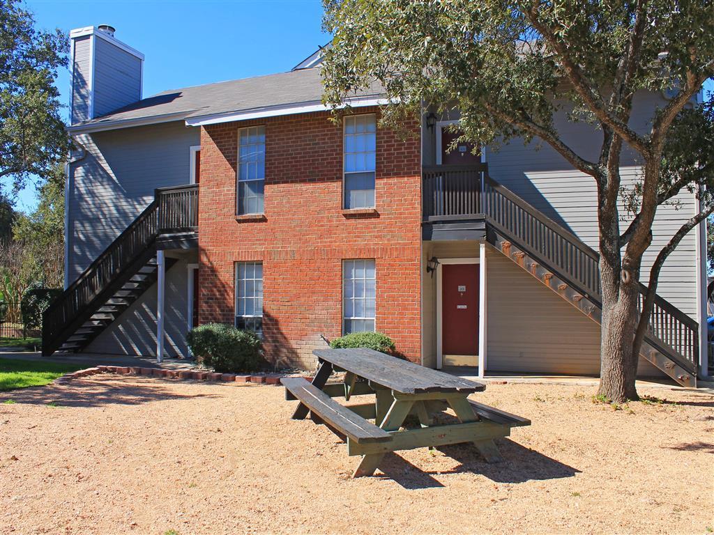 Oak Ridge Apartment Homes 11200 Perrin Beitel San