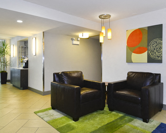Reside At 2727 Apartments 2727 N Pine Grove Ave Chicago