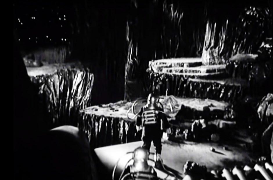 Viaje cósmico (1935)