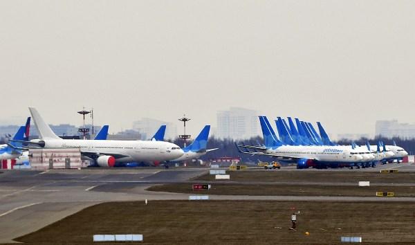 Самолеты на самоизоляции в аэропортах (ФОТО) - Russia ...