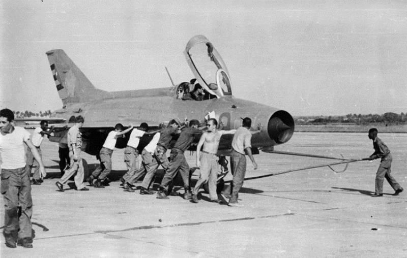 Cómo los cazas soviéticos MiG-21 protegieron Cuba durante la crisis de los  misiles... y después - Russia Beyond ES