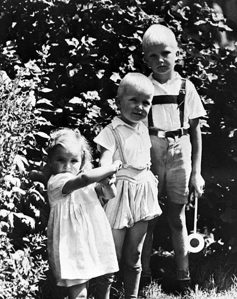 """""""Niños rubios"""" foto de propaganda del partido político NSDAP"""