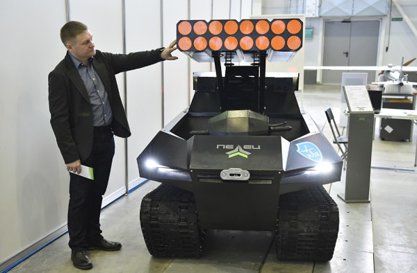 Russia unveils military robots - Russia Beyond