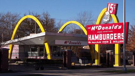 La historia oculta de McDonald's: ¿Cómo su fundador engañó a los creadores de la idea?
