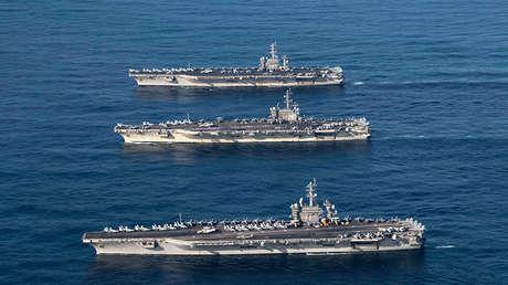 Portaviones estadounidenses Nimitz, Ronald Reagan y Theodore Roosevelt en el oeste del Pacífico.