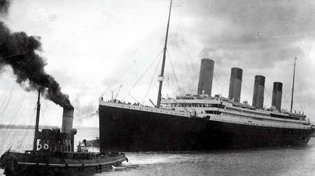 El Titanic partiendo del puerto de Southampton el 10 de abril de 1912.