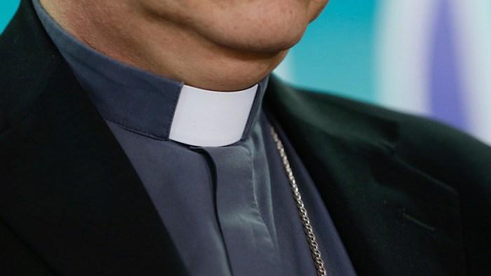 """""""Creí que tenía al menos 15"""": La excusa del sacerdote de 70 años que abusó de una niña de 11"""