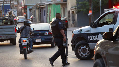 La policía patrulla las calles en Ciudad Juárez, México, el 6 de agosto de 2018.
