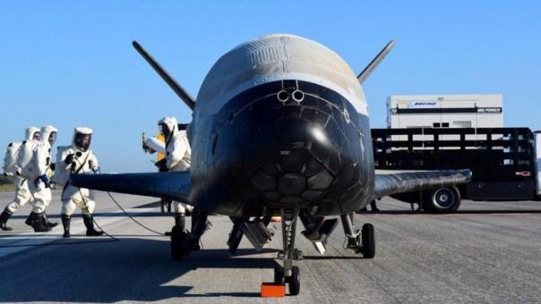Analistas advierten que una guerra espacial entre EE.UU. y Rusia dejaría a la humanidad atrapada en la Tierra para siempre