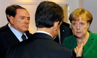 Nicolas Sarkozy, Angela Merkel y Silvio Berlusconi en una reunión del G-20 en Cannes (Francia), el 3 de Noviembre de 2011.