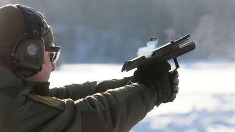 Ministerio de Defensa de Rusia da luz verde a la producción en serie de la nueva pistola Udav