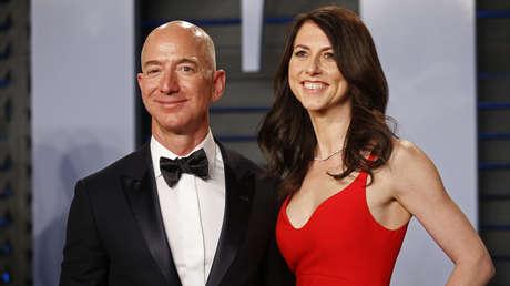Jeff y MacKenzie Bezos.