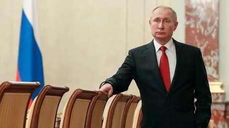 """Putin: """"Las enmiendas propuestas a la Constitución están destinadas a que Rusia sea un Estado social legal"""""""
