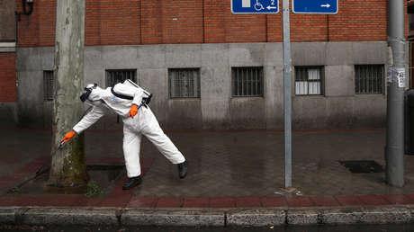 España supera los 2.600 muertos por coronavirus y registra más de 6.500 nuevos infectados, el mayor número de contagios en 24 horas