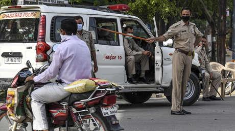 India impone el aislamiento total para sus más de 1.300 millones de habitantes por el coronavirus