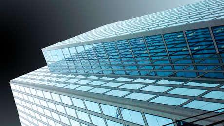 Desarrollan unas células solares que pueden convertir las ventanas de los edificios en generadores de electricidad