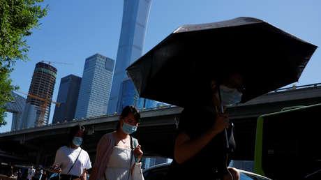 """China advierte del """"alto riesgo"""" de propagación del virus en Pekín tras un rebrote en un mercado local"""