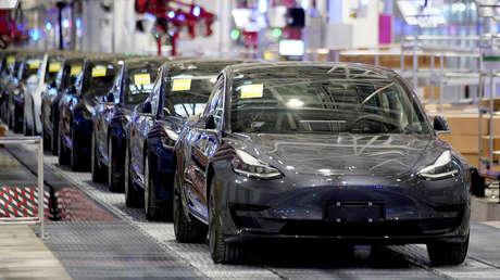La automotriz Tesla, última en calidad según un influyente estudio