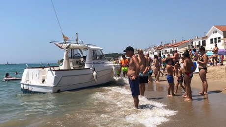 Un hombre de 73 años sobrevive ocho horas en el mar haciéndose el muerto