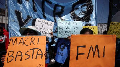 """""""Optimismo indebido"""": El FMI señala las razones del colapso económico en Argentina durante la era Macri"""