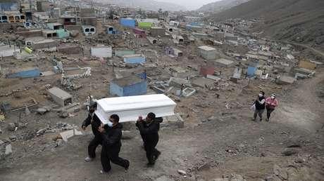 Expertos explican por qué Perú tiene la mayor tasa de mortalidad por covid-19 del mundo