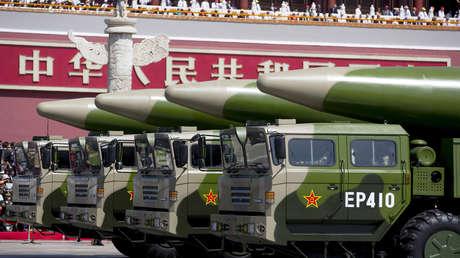 """Ministerio de Defensa chino: """"EE.UU. fomenta los disturbios regionales y destruye la paz mundial"""""""