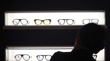 Estudio sugiere que los anteojos pueden ayudar a proteger contra el coronavirus