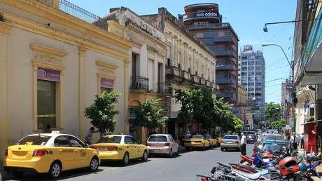 Paraguay flexibiliza la cuarentena a viajeros y permite eventos con hasta 100 personas