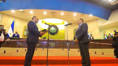 Congreso de El Salvador reelige a presidente de Corte Suprema: 3 aspectos polémicos de esa decisión