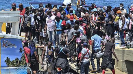 19.000 migrantes, en su mayoría haitianos, se encuentran atrapados entre la frontera de Colombia y Panamá