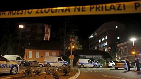 Bei einem mutmaßlich islamistischen Anschlag in Zvornik, Bosnien und Herzegowina wurde 2015 ein Polizist getötet und zwei weitere verletzt. Der Attentäter war mit dem Ruf