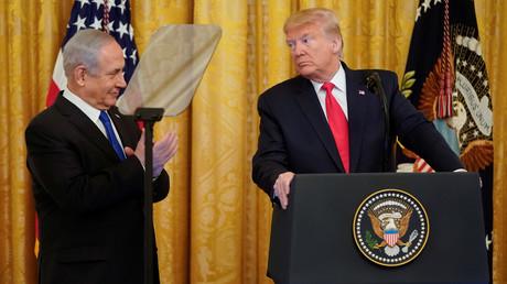Israels Ministerpräsident Benjamin Netanjahu und US-Präsident Donald Trump bei der Pressekonferenz im Weißen Haus zum US-Friedensplan für den Nahen Osten am Montag, dem 28. Januar 2020