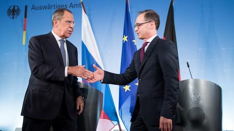 Russlands Außenminister Sergej Lawrow und sein deutscher Amtskollege Heiko Maas bei einer Pressekonferenz im Auswärtigen Amt. Die
