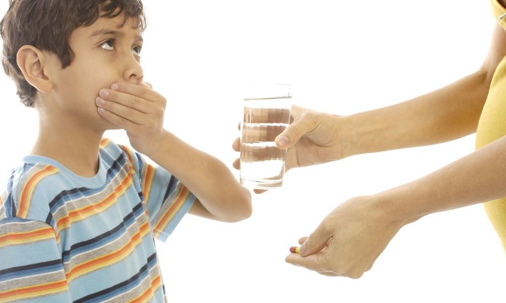 Mit Medikamenten die eigenen Kinder ruhigstellen: Eltern bitten Ärzte häufiger um Psycho-Medikamente